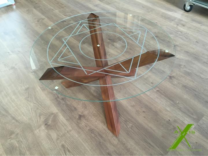 axis carpinteria y diseño mesa a medida decoracion interiorismo estrella entre vidrios badajoz extremadura (2)